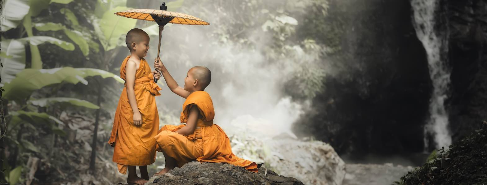 Two monks in the mountains